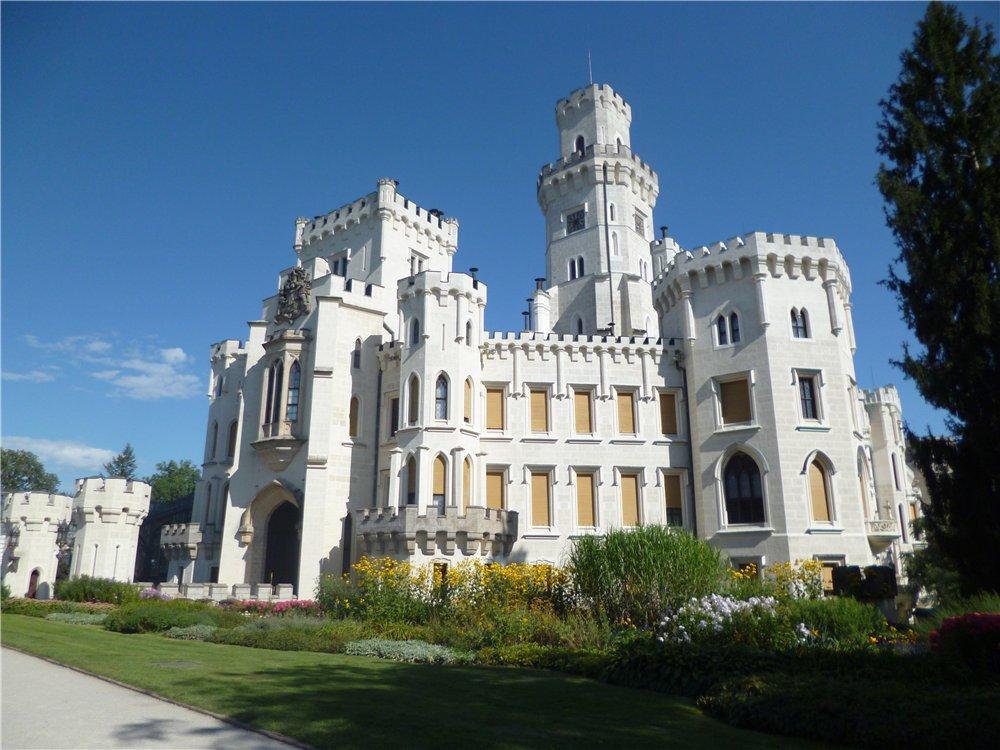 Замок Глубока у Влтавы в Чехии