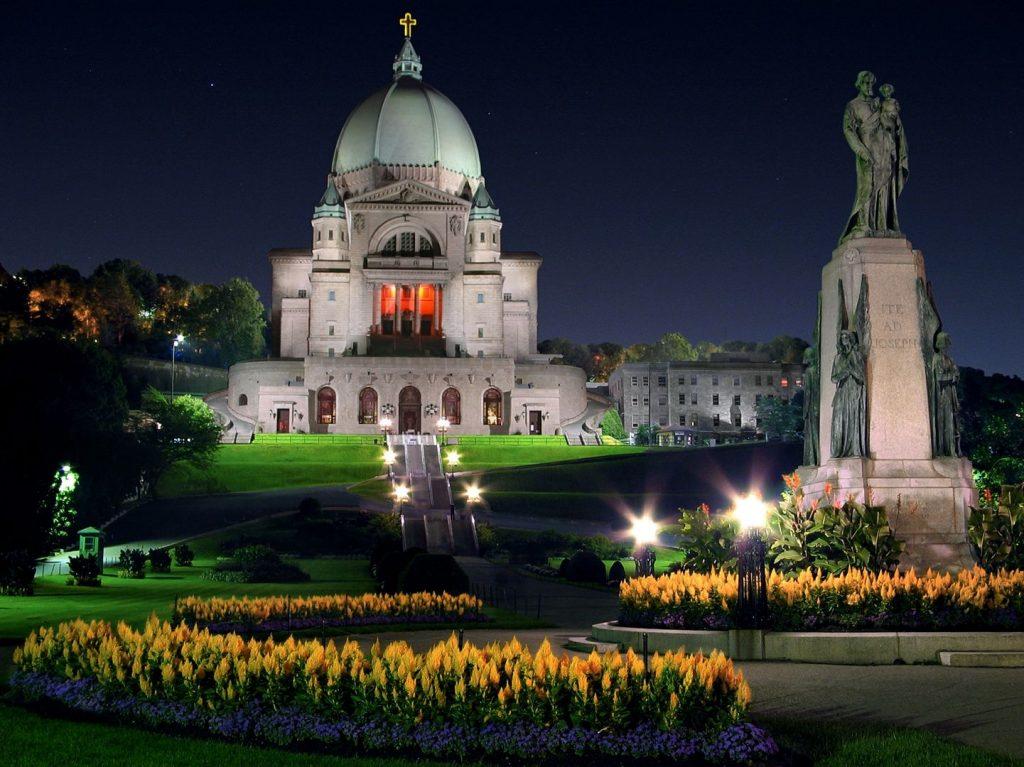 Церковь Святого Иосифа в Канаде