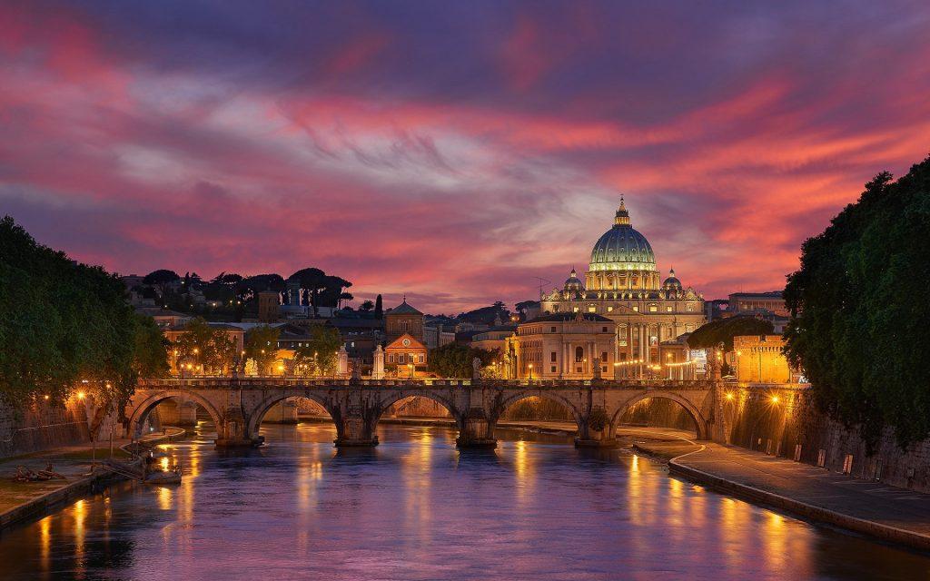 Город и страна Ватикан