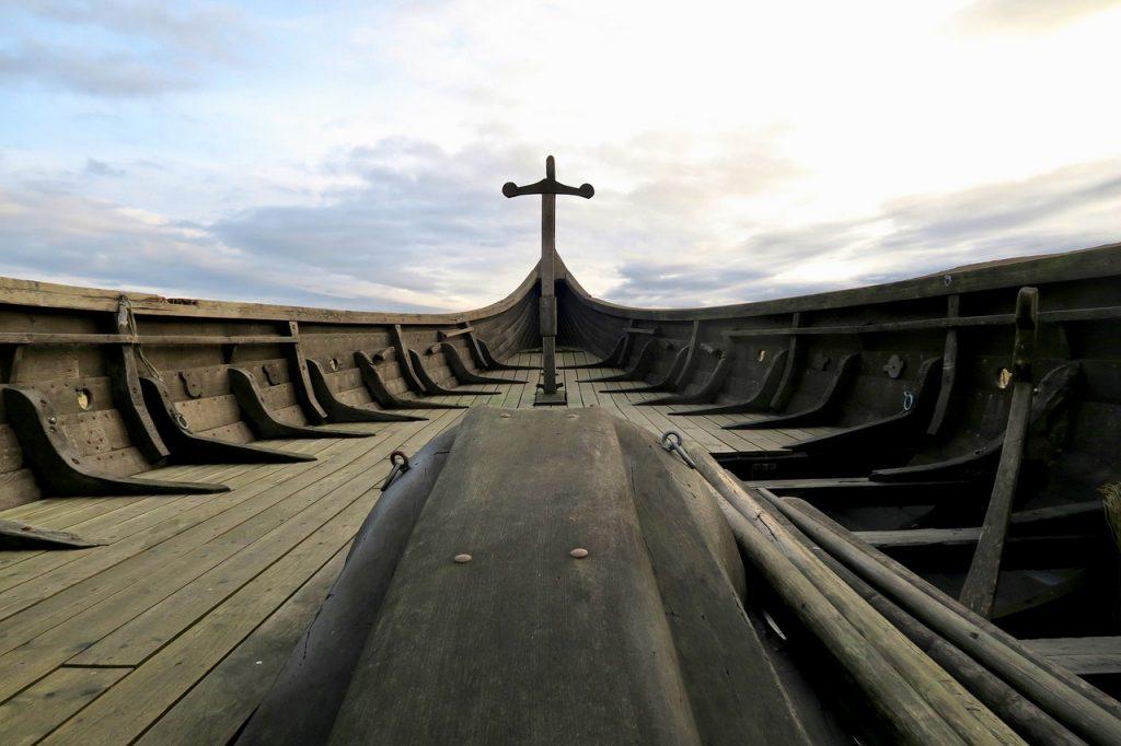 langskip («длинное судно»)