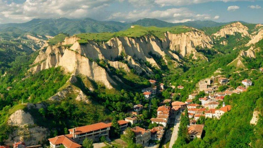 Болгарский город Мельник