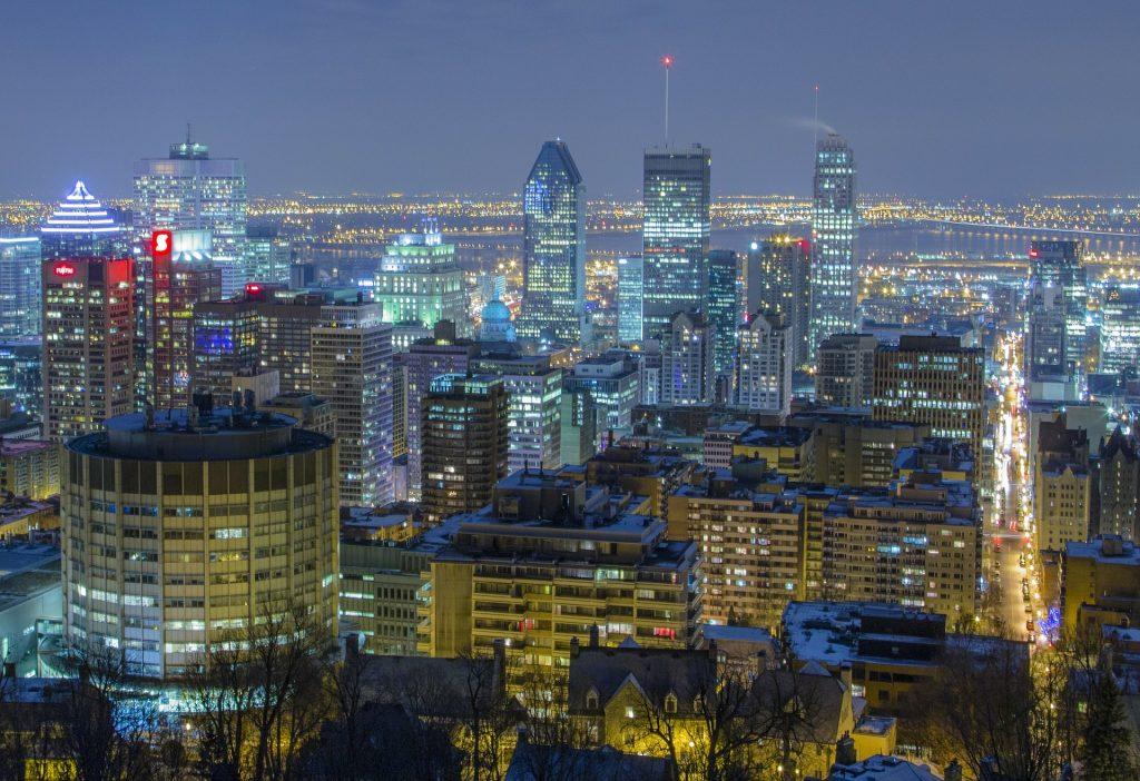 Монреаль - самый крупный город провинции Квебек и второй по величине город Канады