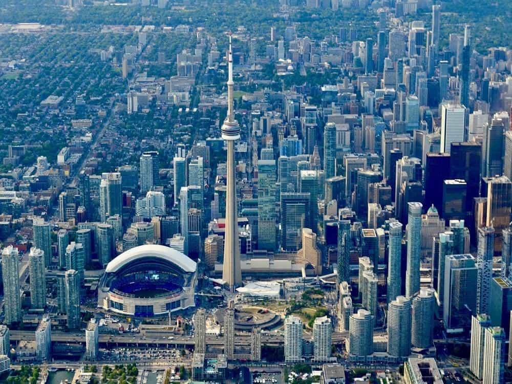 панорамный вид на город Торонто