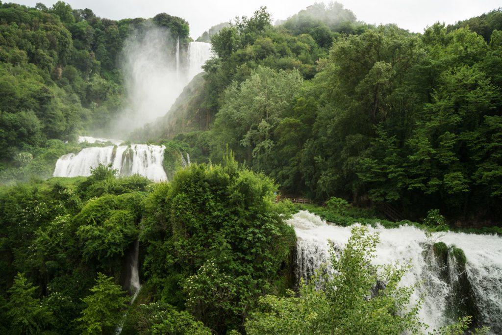 Водопад Каскато делле Марморе в Италии