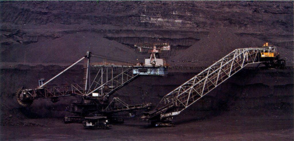 Экономика Казахстана. самые большие угольные карьеры во всей Средней Азии