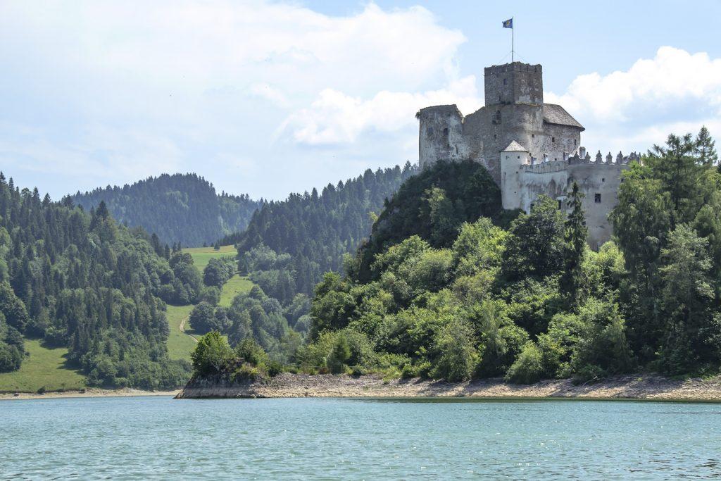 средневековый замок Дунаец в Неджице (Польша)