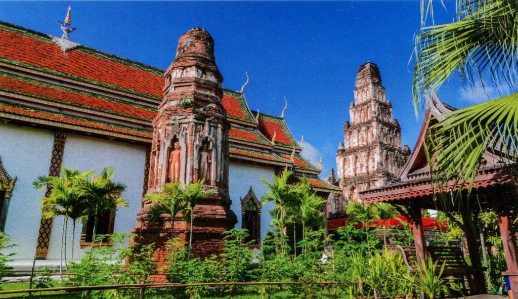 Королевство Таиланд - Храм Ват Кукут в Лампуне